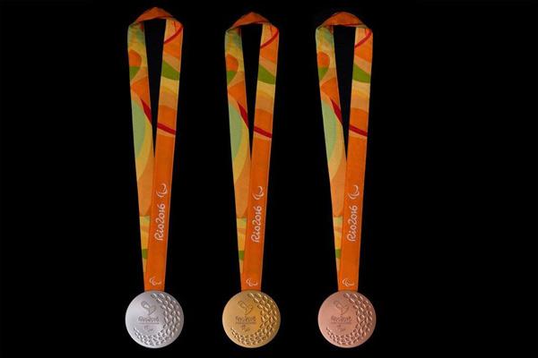 Dizajn ambalaže i pakovanja za olimpijsku medalju u Riju 2